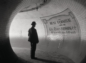 E.O. Hoppé Estación de metro British Museum, Londres 1937 Gelatina de plata, copia posterior ©2012 Curatorial Assistance, Inc. E.O. Hoppé Estate Collection